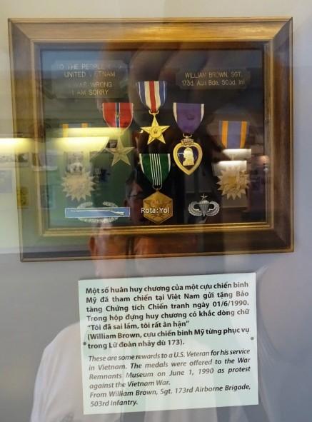 Amerikalı Subay William Brown'ın Vietnam'a gönderdiği madalyaları.