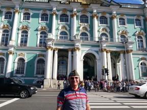 Neva Nehri Kıyısı'ndan Hermitage Müzesi