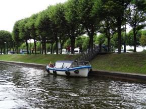 Müşteri bekleyen tekne