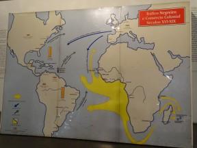 Afrobrasil Müzesi'nde Afrikalı kölelerin Güney Amerika'ya taşınma yolları levhası