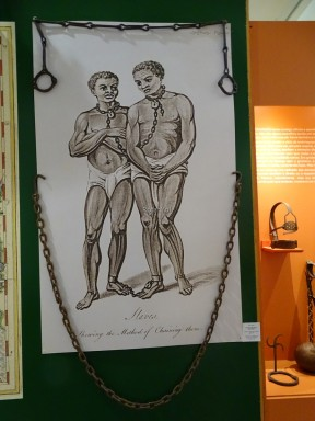 Afrobrasil Müzesi'nde Kölelerin zincirleri